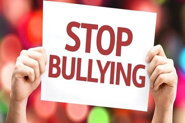 Η παιδοψυχολόγος Μαρία Παπουτσή μιλά για το σχολικό εκφοβισμό