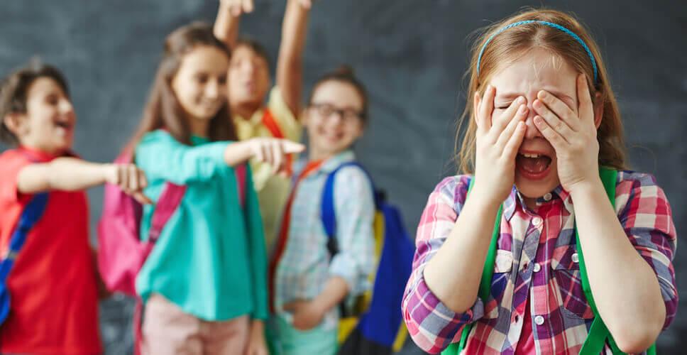 Η παιδοψυχολόγος Μαρία Παπουτσή μιλά για το τι είναι ο σχολικός εκφοβισμός (Bullying)