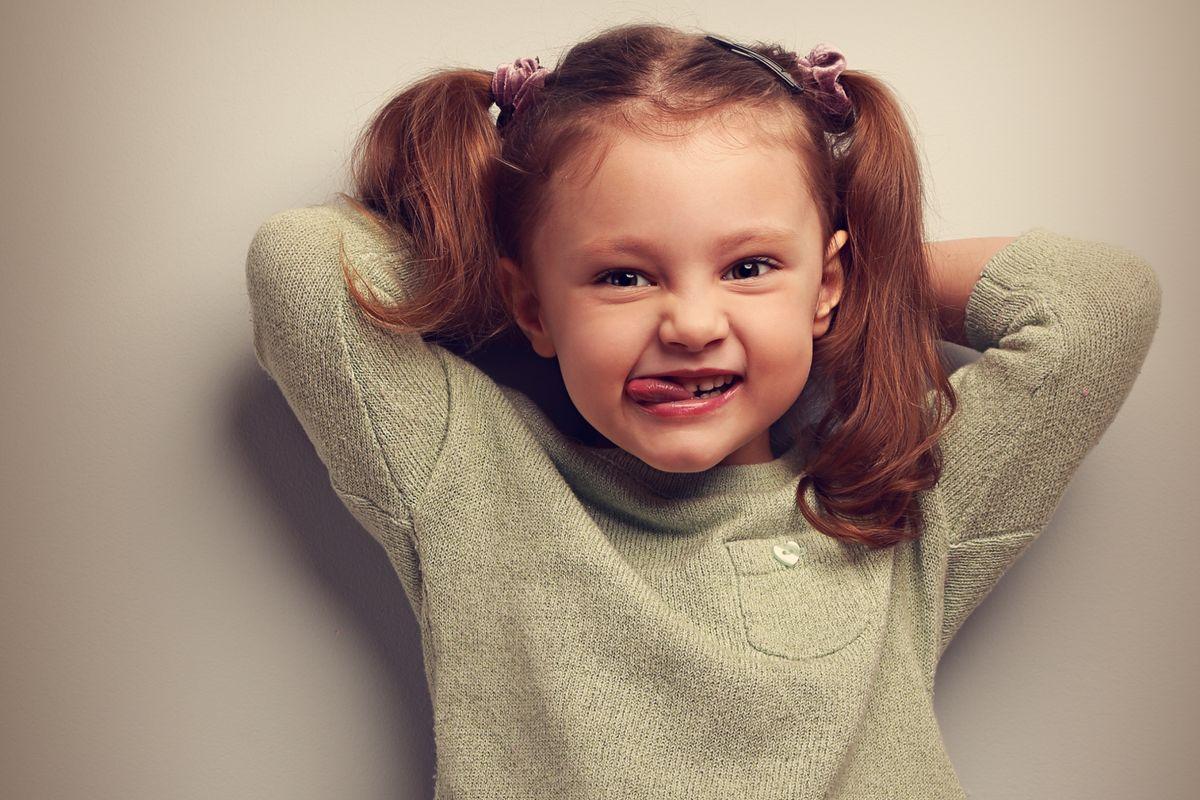 Η παιδοψυχολόγος Μαρία Παπουτσή μιλάει για τα τικ στα παιδιά