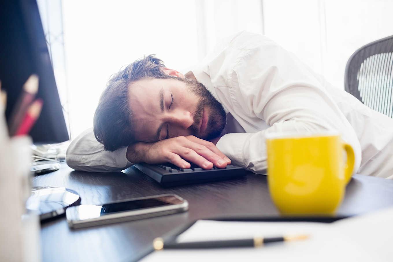 Πώς να αισθάνεστε λιγότερη κόπωση κατά τη διάρκεια της ημέρας;